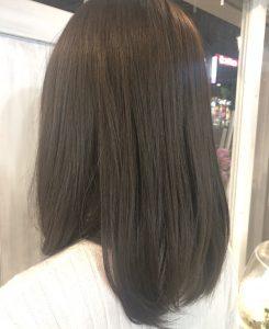 今秋『暗髪』でも透明感を楽しめます。。♪(*^^*)