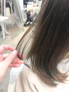 オリーブカラーで柔らかく透明感のある髪に♪