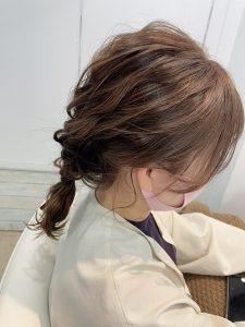 ミディアムの方は毛先を少し残した編みおろしがオススメ☆